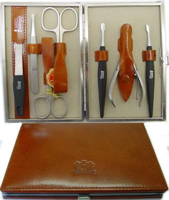 Маникюрный набор Mertz Solingen A 8889 ( 7 инструментов)