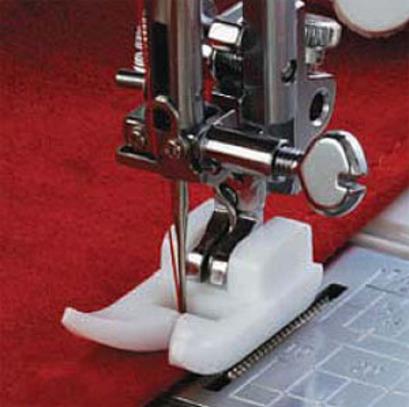 Лапка для швейных машин Janome с горизонталным челноком тефлоновая (арт. 200-329-004)