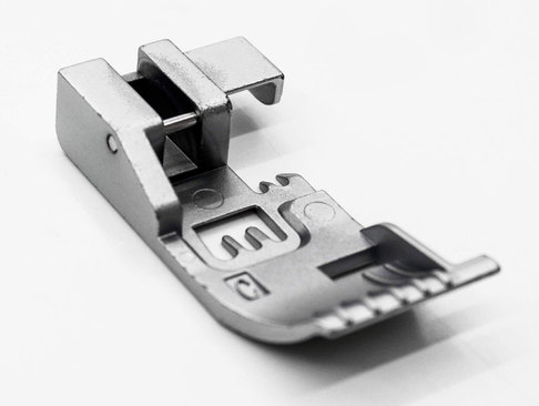 Лапка оверлочная Babylock для выполнения сложной строчки (арт. M0-36034)