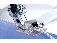 Лапка оверлочная Pfaff для пришивания бисера Р (арт. 820315-096)