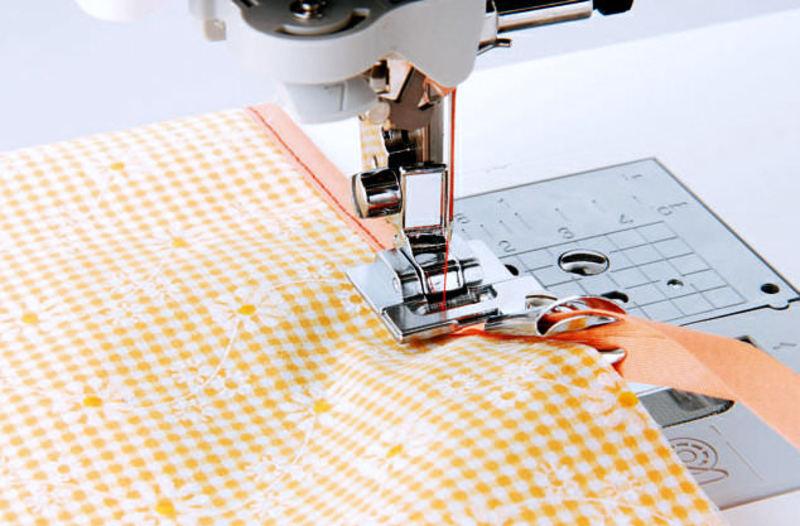 Лапка для швейных машин Brother для окантовки