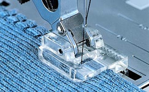 Лапка для швейных машин Pfaff для обработки трикотажных материалов (арт. 820790-096/820216-096)