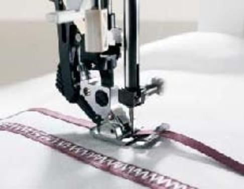 Лапка для швейных машин Pfaff для нашивания декоративной ленты (арт. 820614-096)