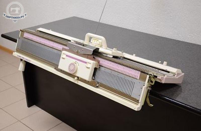 Вязальная машина Hobby KH260/KR260