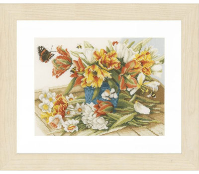 "Набор для вышивания ""Daffodils-Tulips"" 34*26см, Vervaco"