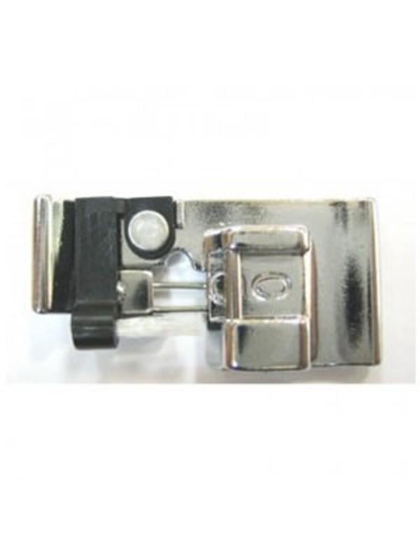 JANOME 822801001 Лапка для шв. маш. оверлочная (C) с кисточкой