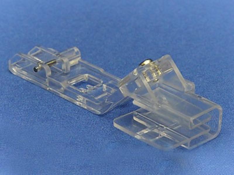 Прозрачная лапка Merrylock для двойной подгибки и вшивания ленты или косой бейки (25-28 мм) H10823B
