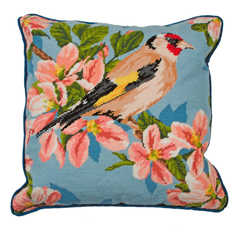 "Набор для вышивания Anchor: наволочка ""Gold Finch And Blossom"""