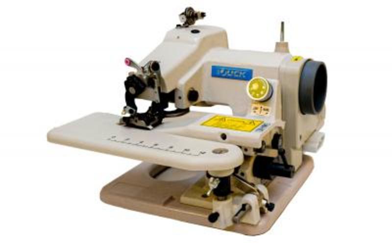 Промышленная швейная машина JUCK JK-T500-1 (комплект)